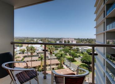 Balcony View 1105B HR