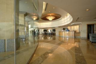 Ocean-Towers-Lobby-MLS